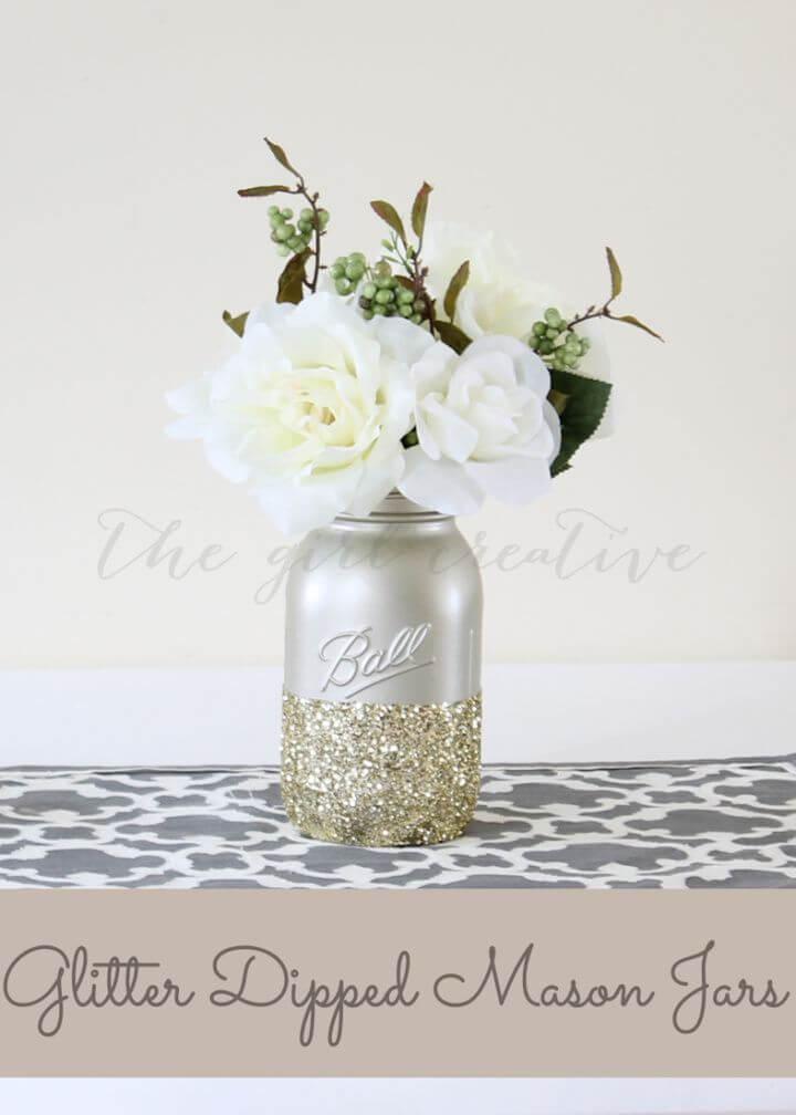 Adorable DIY Glitter Dipped Mason Jars