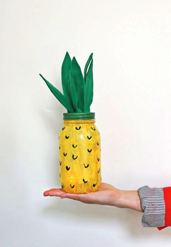 Amazing DIY Pineapple Night Light