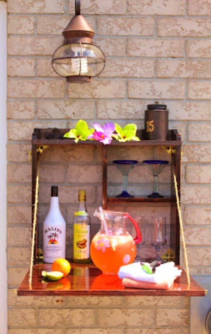 Awesome DIY Backyard Bar Project
