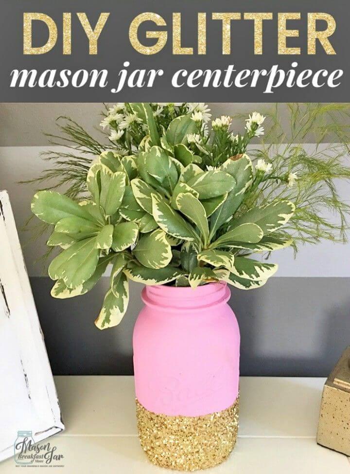 Awesome DIY Glitter Mason Jar Centerpiece