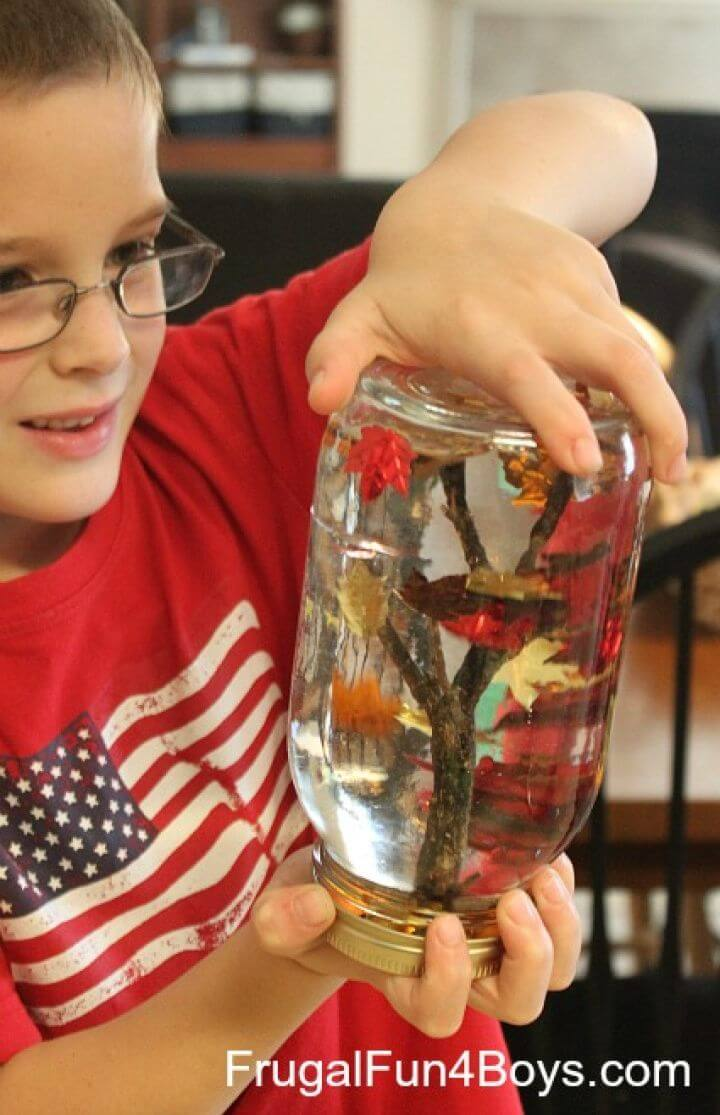 "Cute DIY Fall Tree ""Snow Globes"" Craft for Kids"