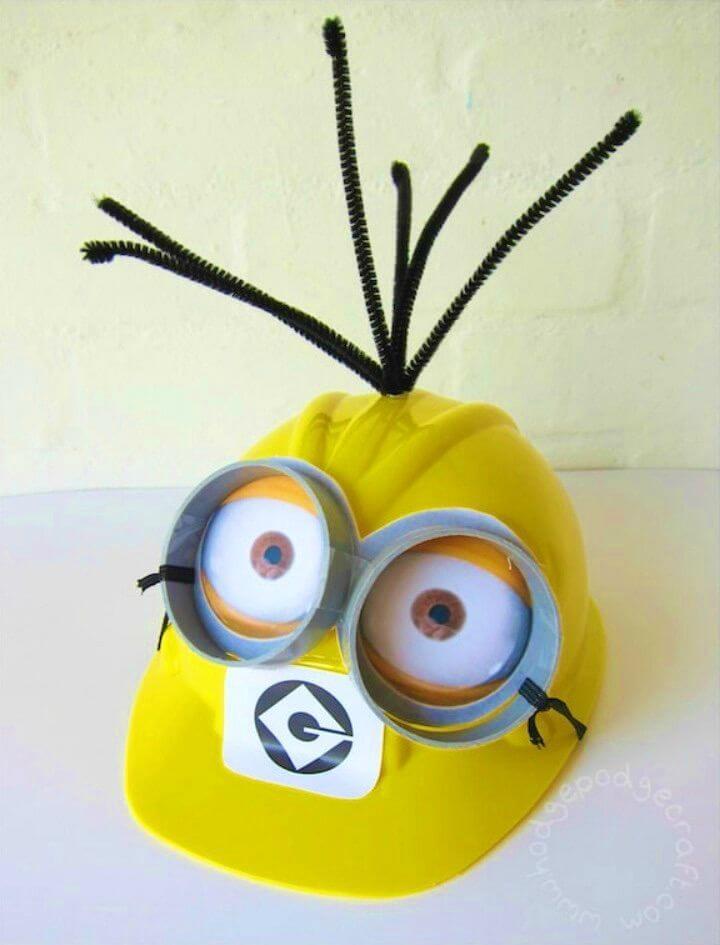 Cutest DIY Minion Costume