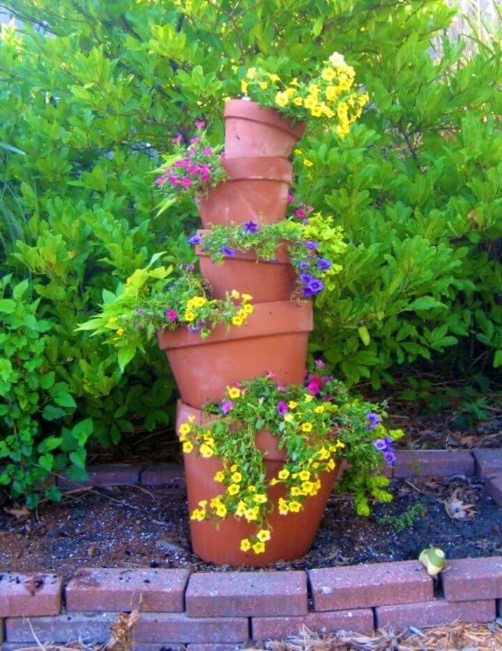 DIY Crooked Terra Cotta Pot Flower Tower
