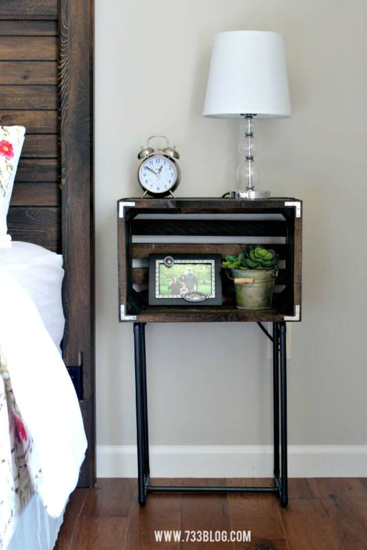 DIY Farmhouse Dipped Nightstands