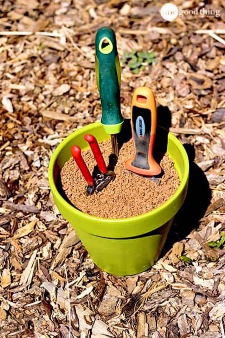 DIY Self Cleaning Sharpening Garden Tool Holder