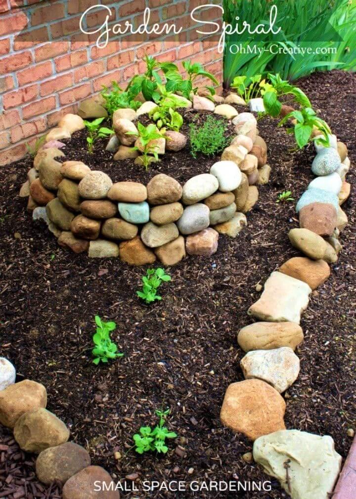 DIY Small Vegetable Garden Using a Garden Spiral