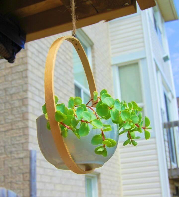 Easy DIY Hanging Planter
