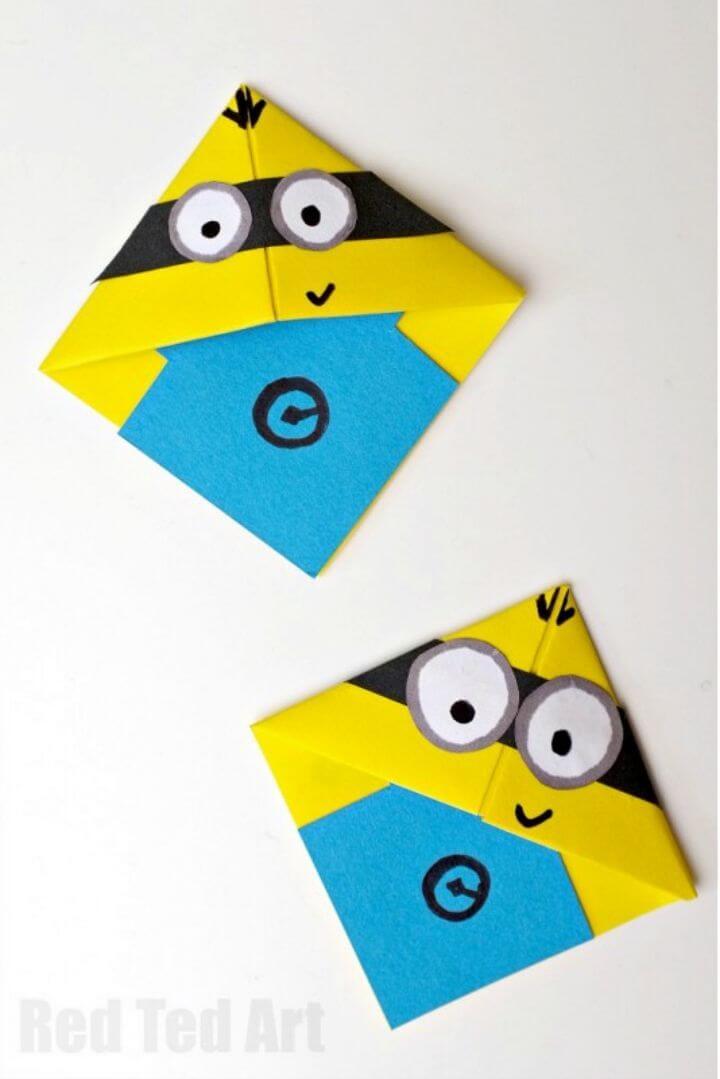 Easy DIY Minion Corner Bookmarks