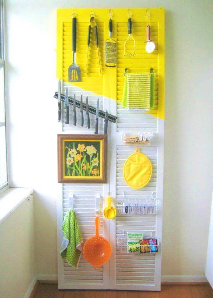 Easy DIY Organize a Kitchen With a Door