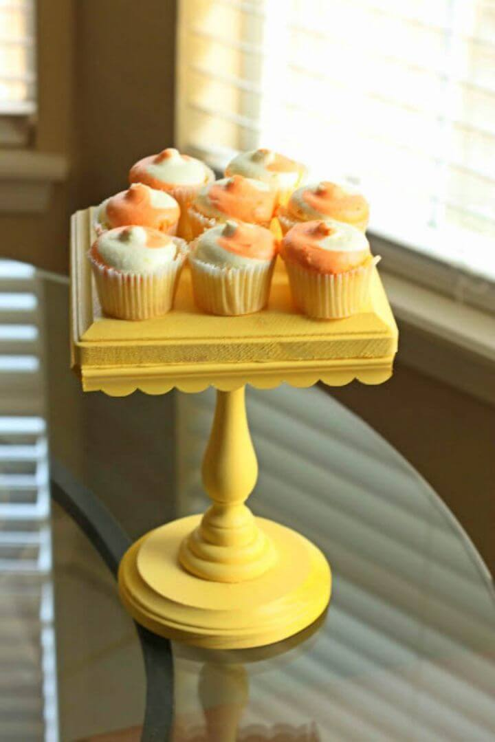 Easy to Make Cake Stand