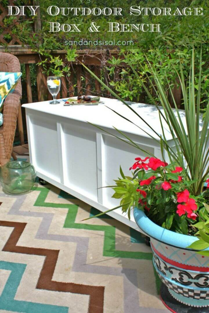 Easy to Make Outdoor Storage Box Bench