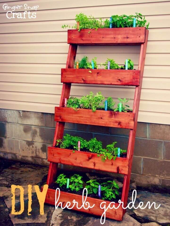 Gorgeous DIY Pallet Herb Garden