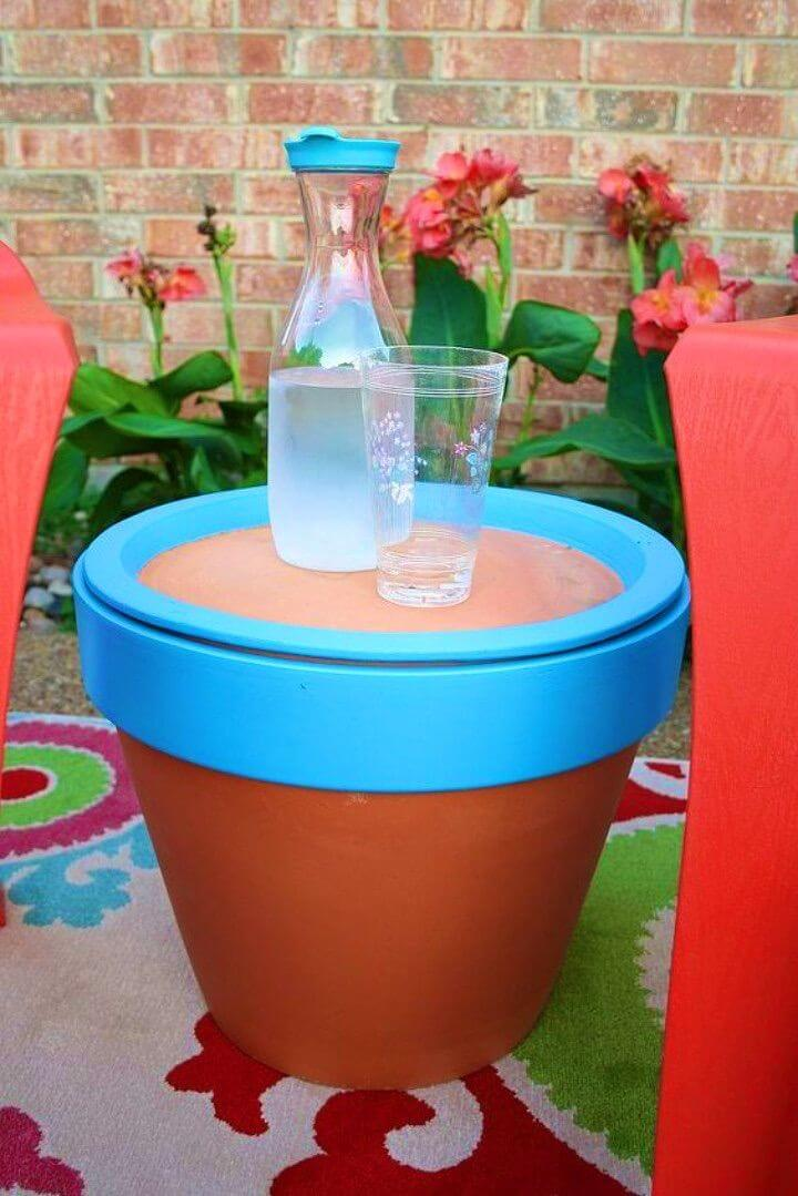 Gorgeous DIY Terracotta Pot Table
