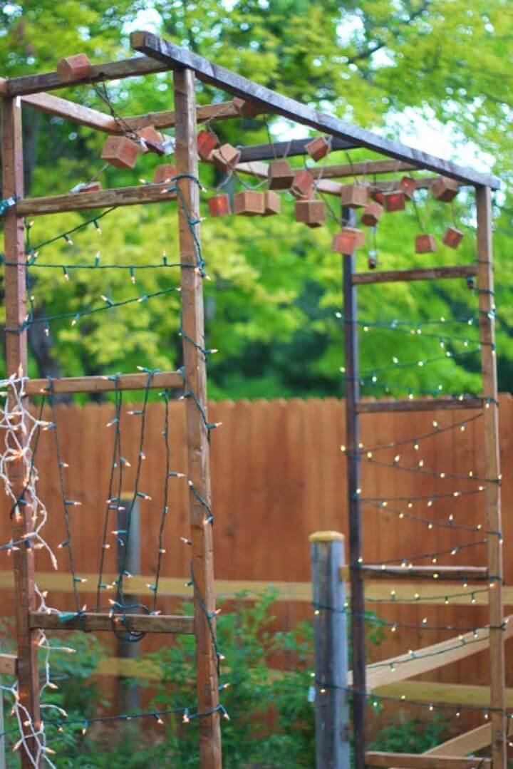 How To Build Rustic Backyard Gate