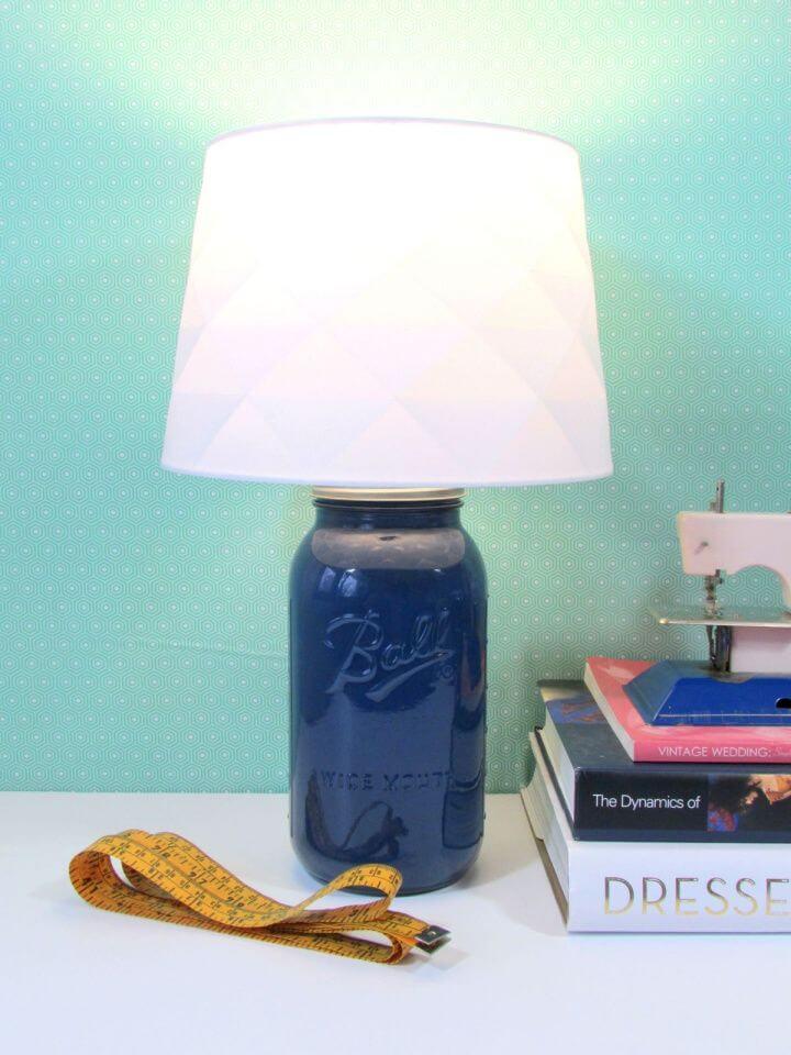 How to Create Mason Jar Desk Lamp