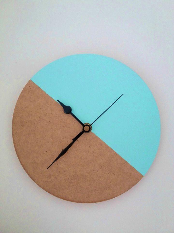 How to Make Colour Block Wall Clock, DIY, easy DIY, quick DIY, cheap DIY projects, DIY color blocks, color blocks, DIY color block art, color block technique, DIY wall clock, DIY clock, DIY home decor, DIY office decor, DIY color block wall clock.