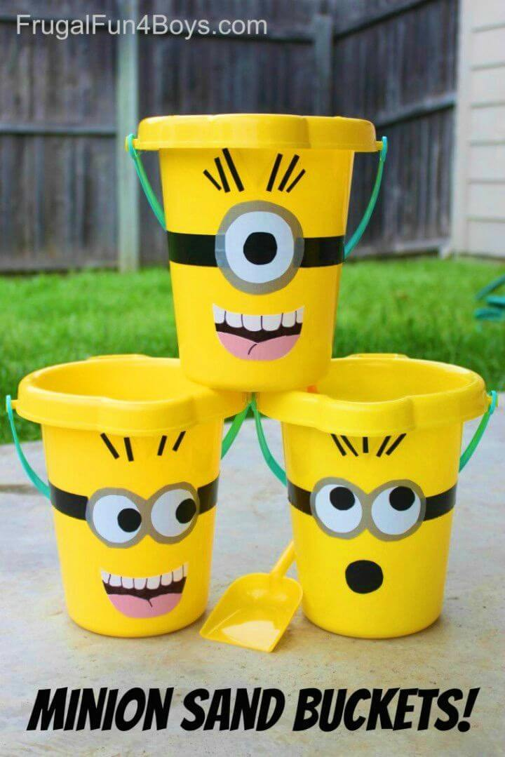 How to Make Minions Sand Buckets