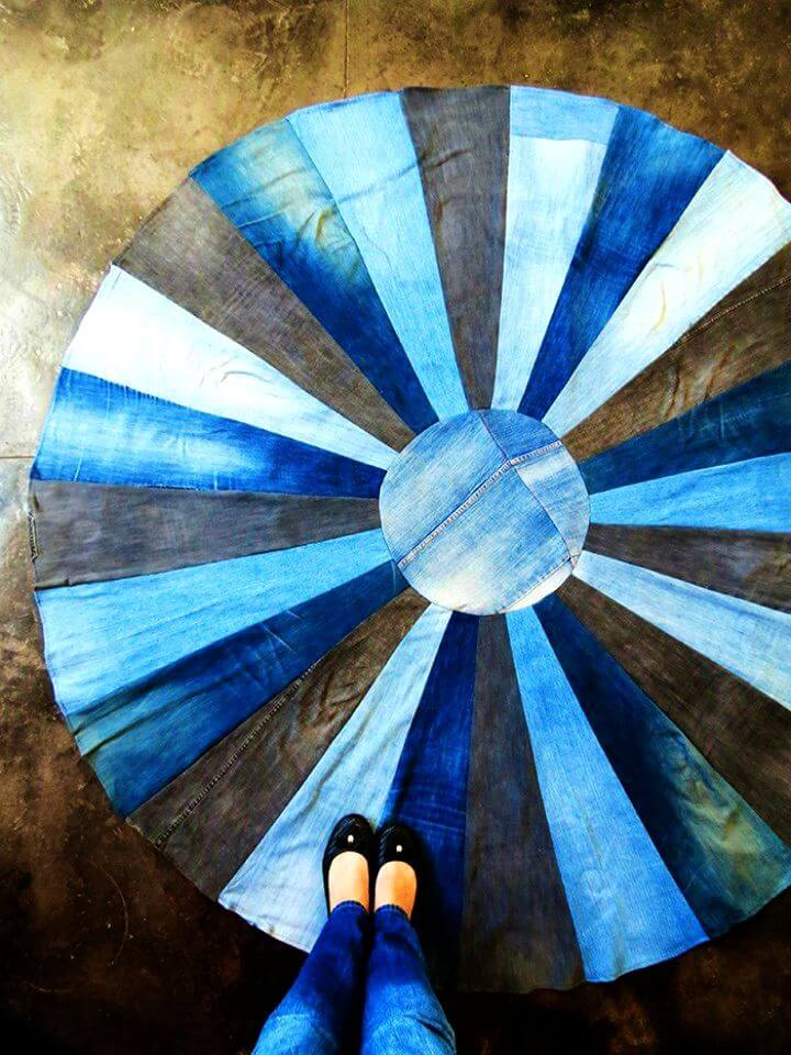 How to Make Rug with Old Denims