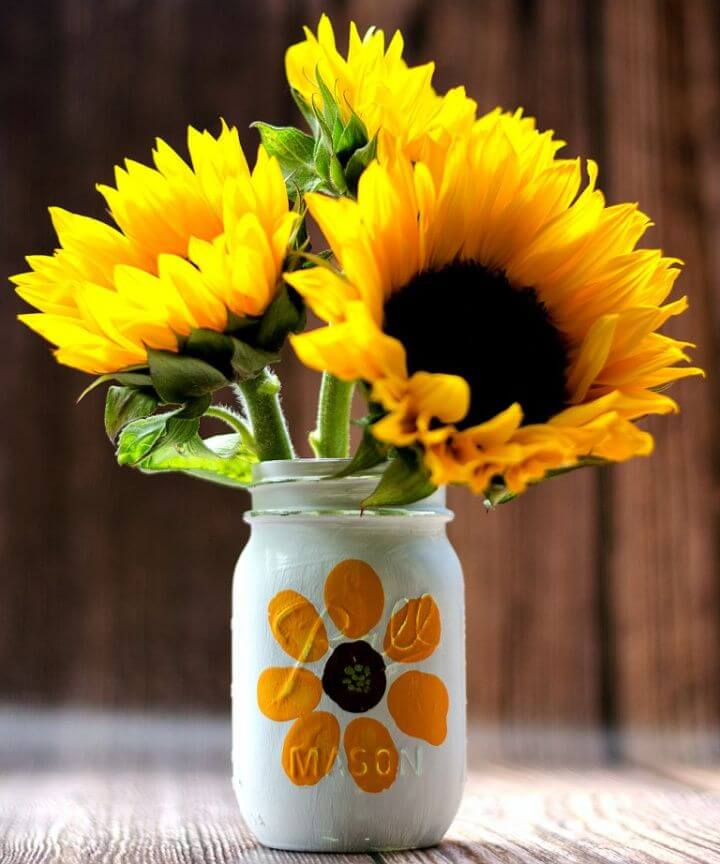How to Make Thumbprint Flower Mason Jar