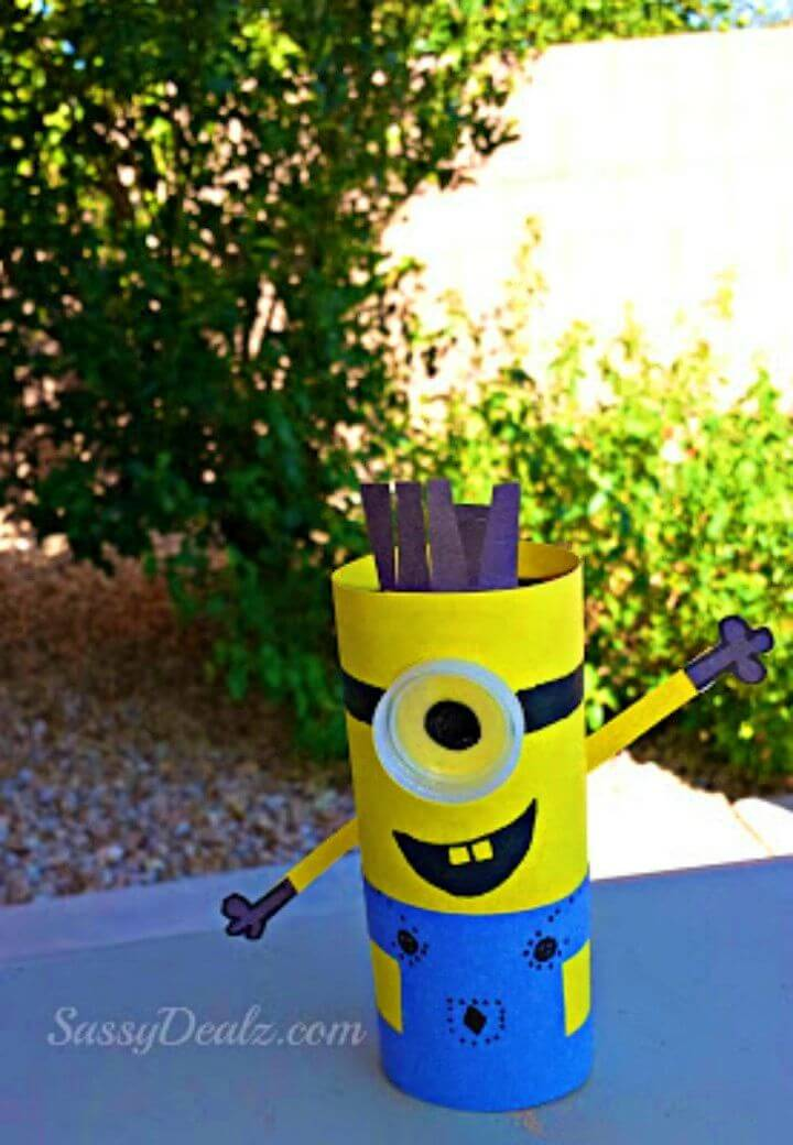 Make Minion Toilet Paper Roll Craft for Kids