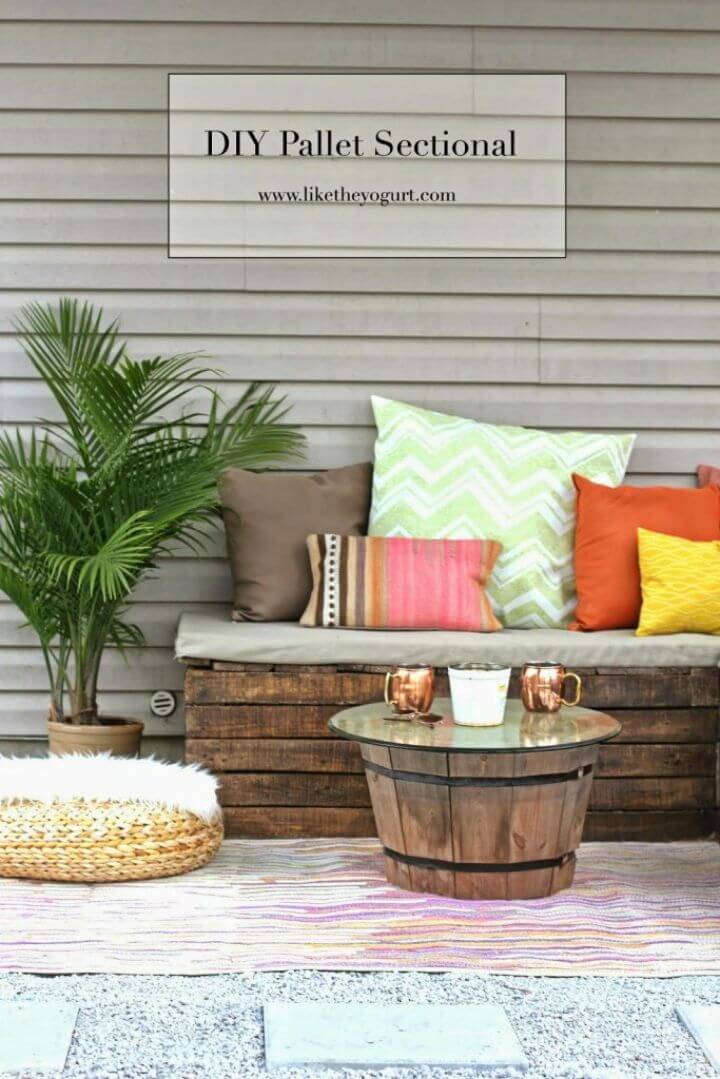 Make Pallet Sectional for Outdoor Furniture