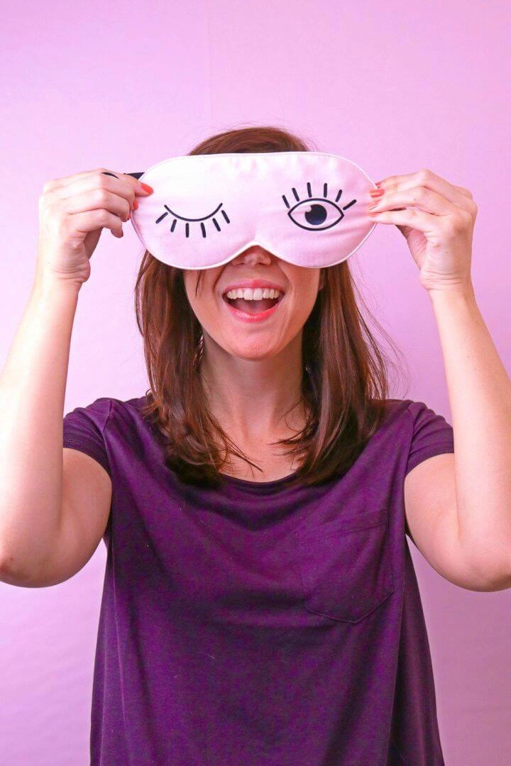 Make Silk Eyelash Sleep Mask