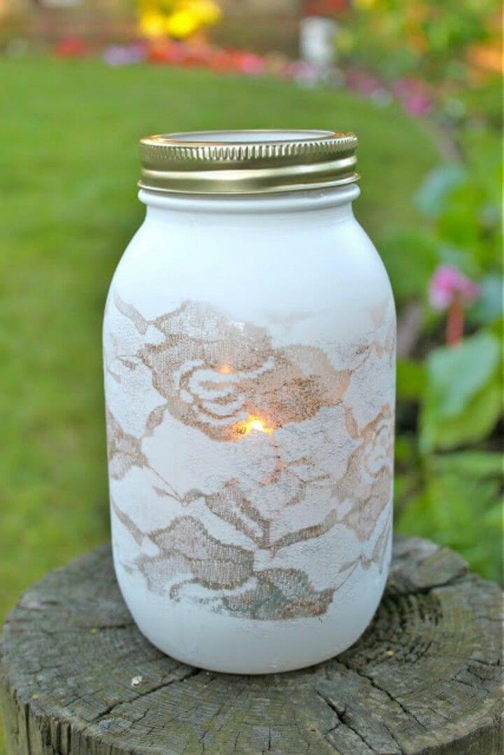 Pretty DIY Lace Vase Using a Mason Jar