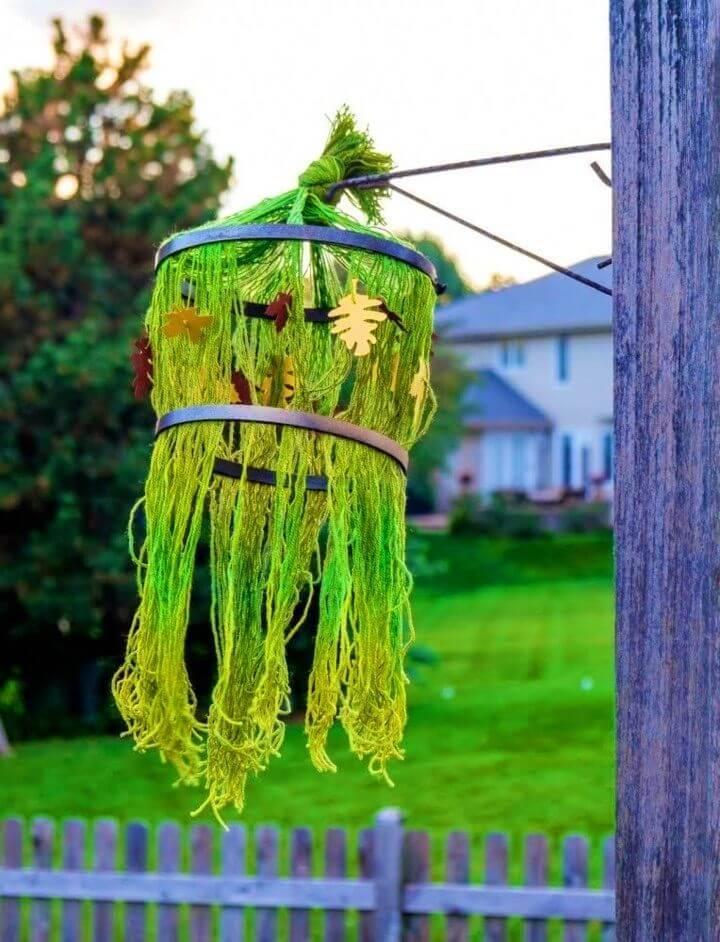 Awesome DIY Fall Yarn Chandelier