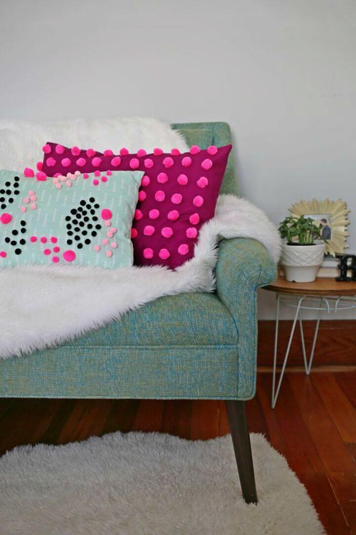 Beautiful DIY Mini Pom Pom Pillow
