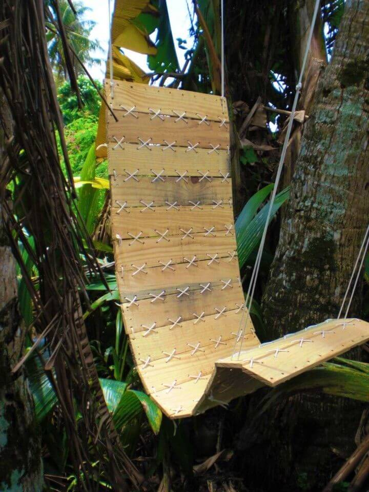 Build Paracord Laced Pallet Hanging Chair