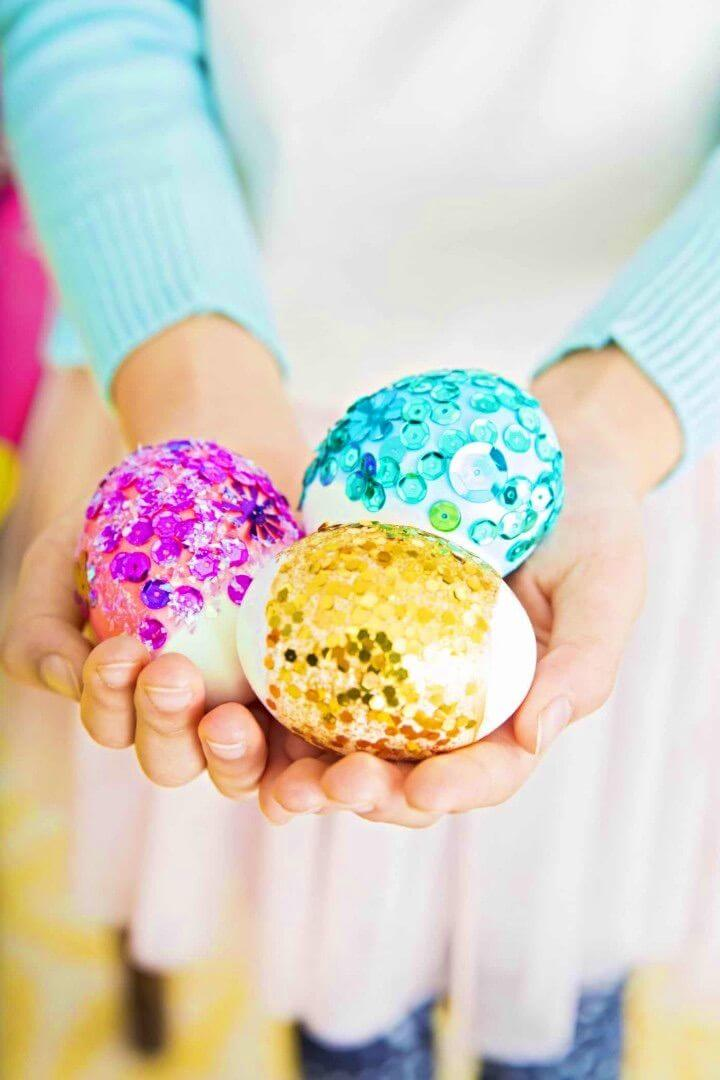 DIY Easter Eggs With Sequins