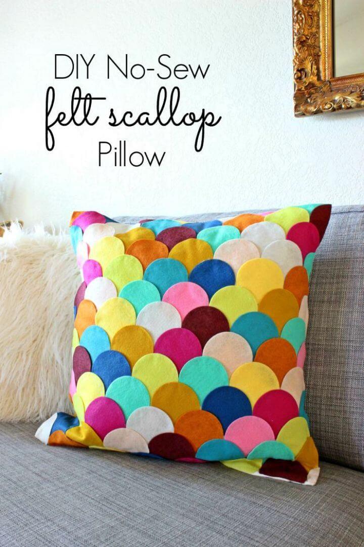 DIY No sew Felt Scalloped Pillow