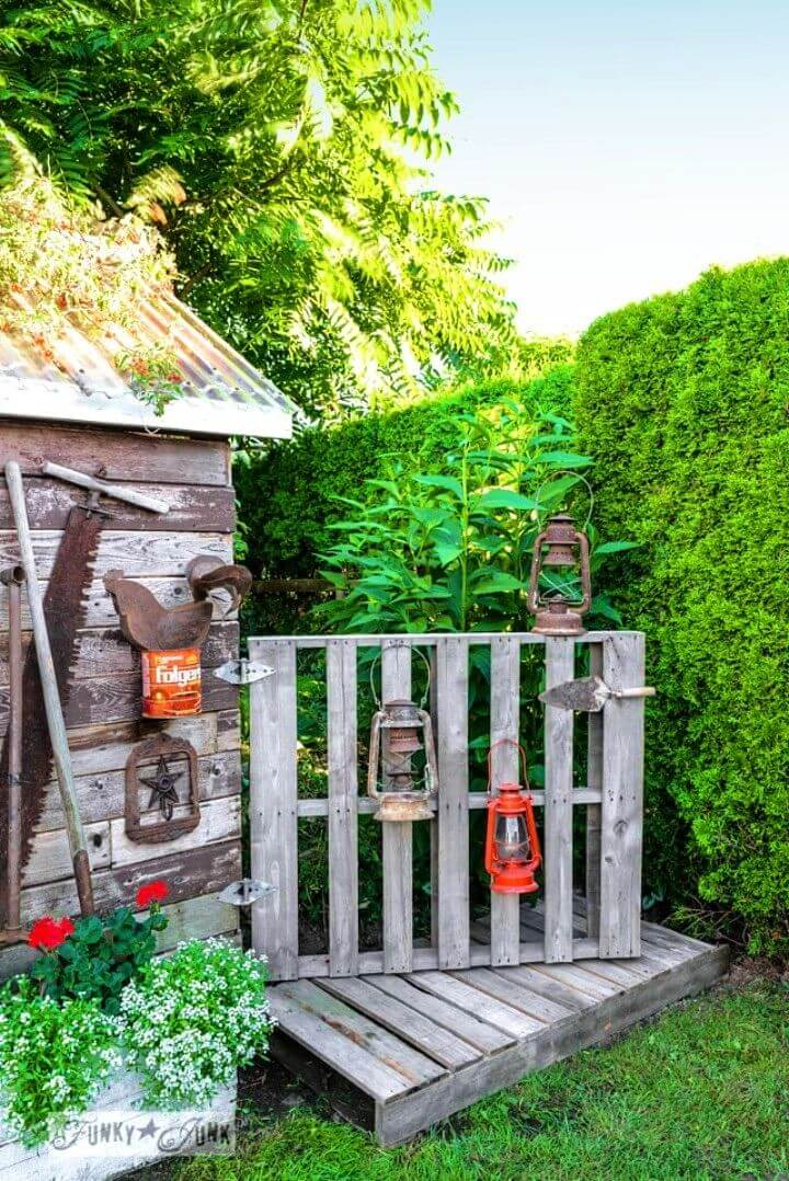 DIY Pallet Gate and Boardwalk For The Shed