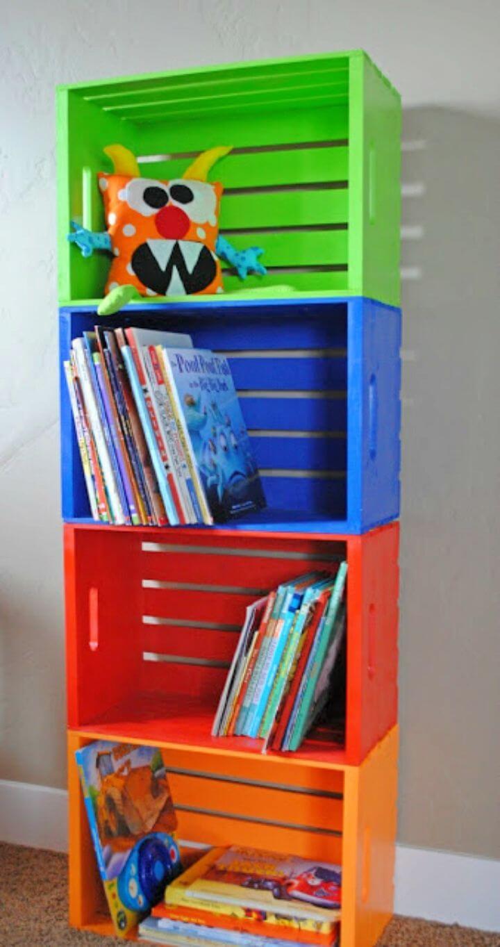DIY Wooden Crate Into Bookshelf