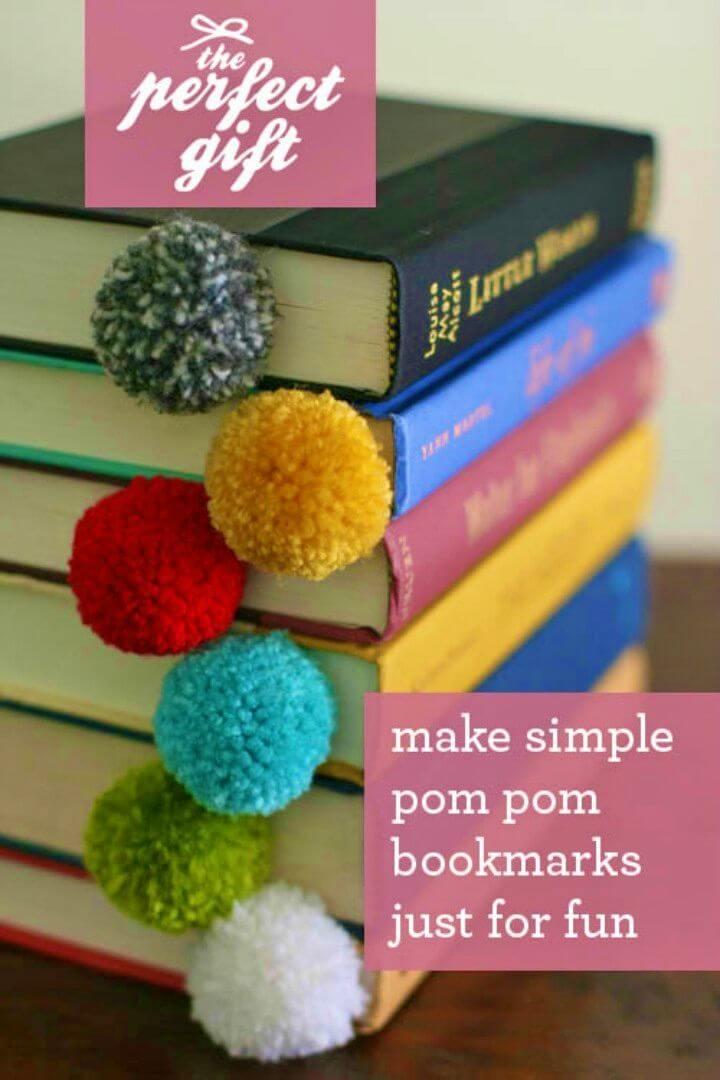 DIY Yarn Ball Pom Pom Bookmark