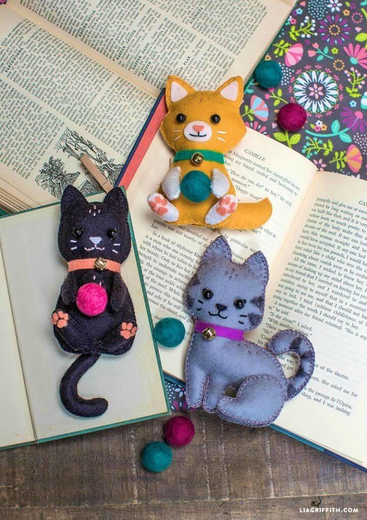 Easy to Make Felt Craft Kittens