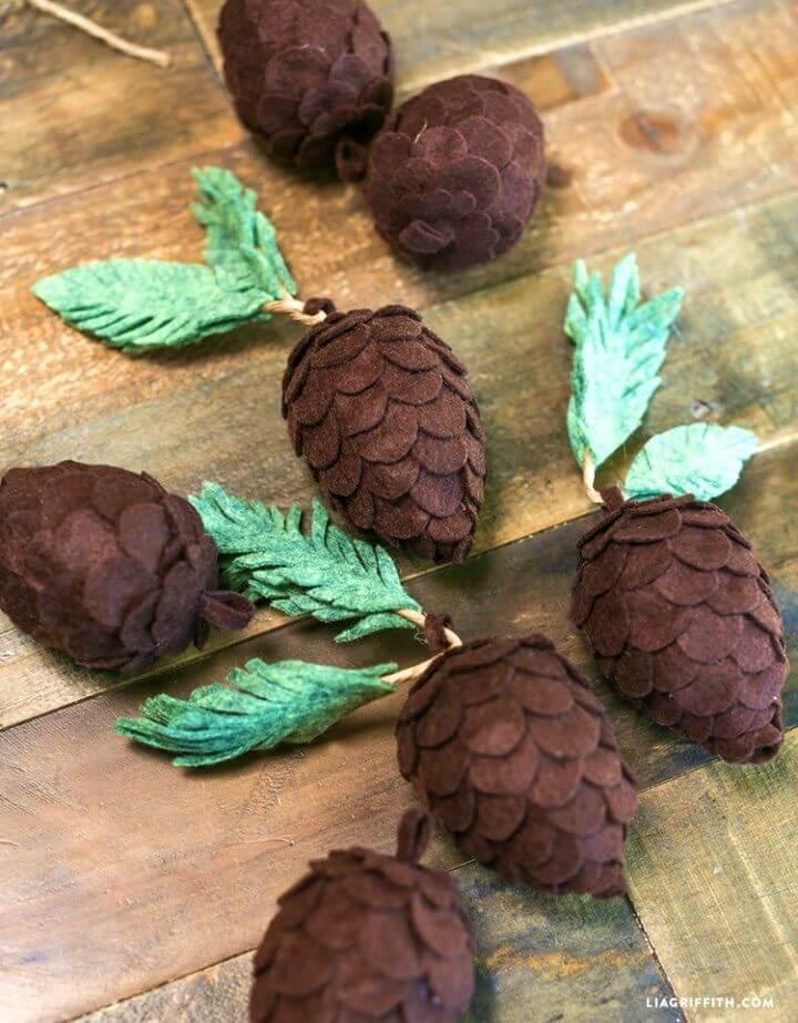 Easy to Make Felt Pine Cones