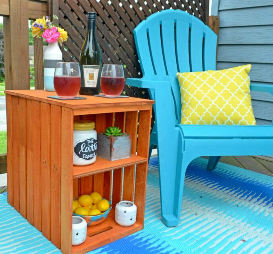 Easy to Make Wooden Crate Outdoor Table