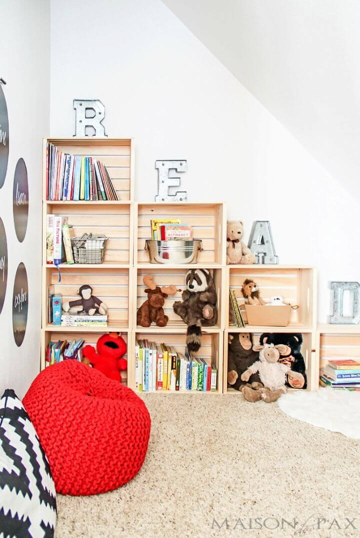 Gorgeous DIY Crate Bookcase