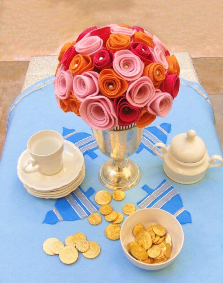 Gorgeous DIY Rose Bud Bouquet from Felt