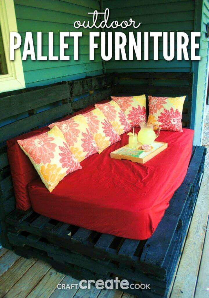 How to Build Outdoor Pallet Furniture