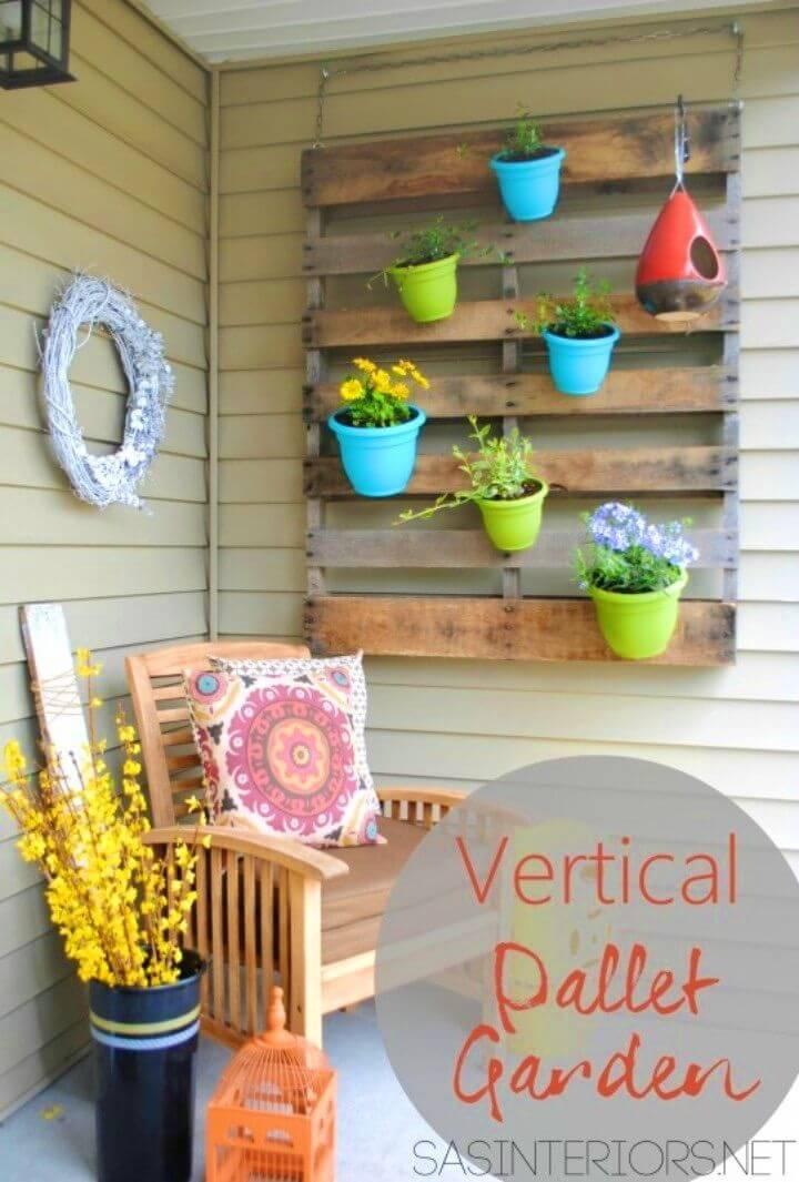 How to Make Vertical Pallet Garden