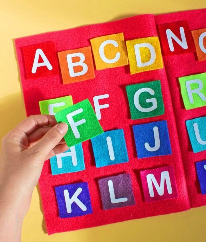 Make Felt and Vinyl Alphabet Matching Game