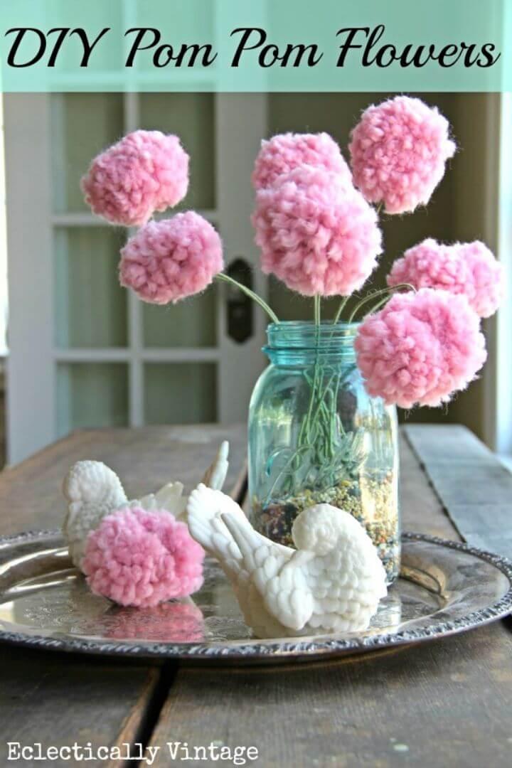 Make Pom Poms Flowers with a Fork