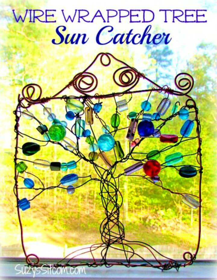 Quick DIY Wire Wrapped Tree Suncatcher