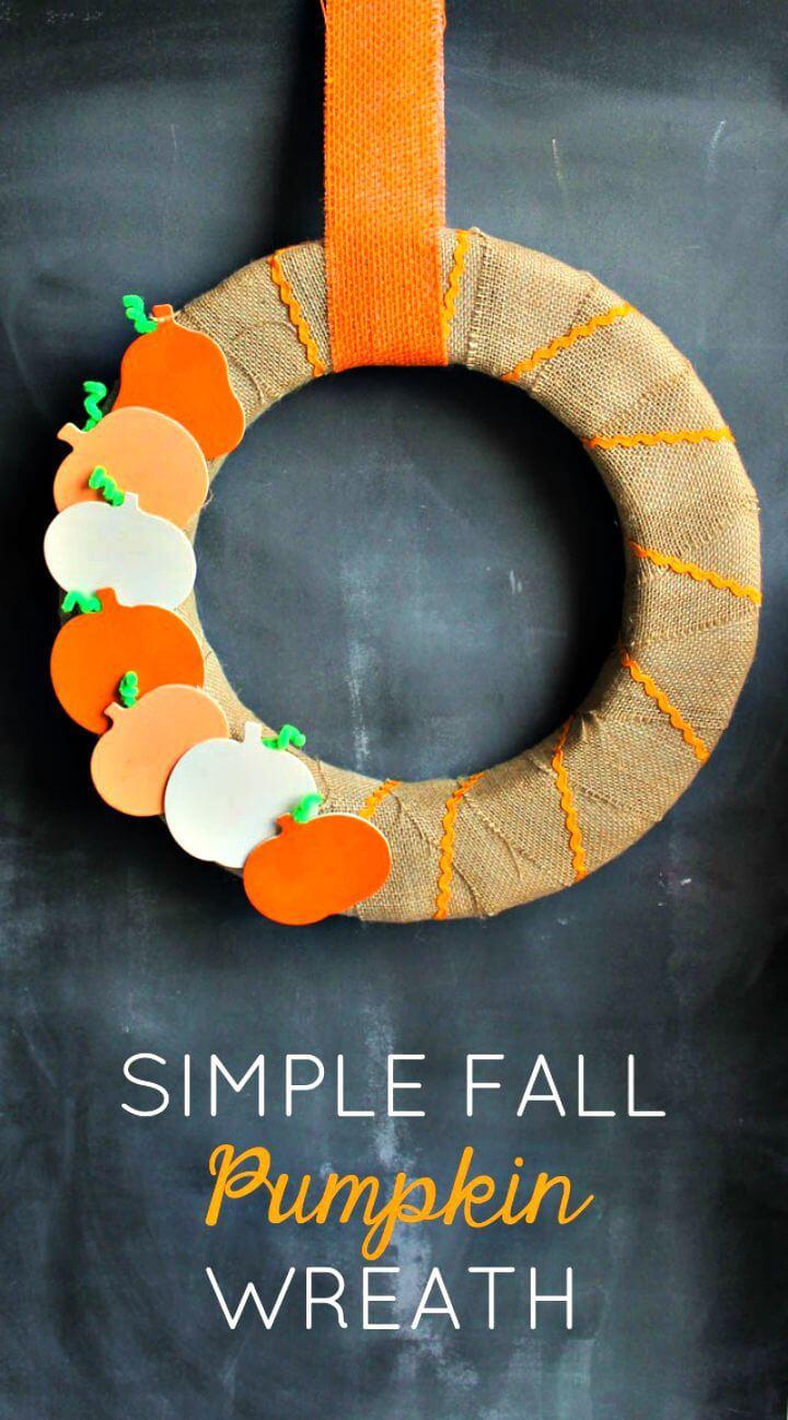 Simple DIY Fall Pumpkin Wreath