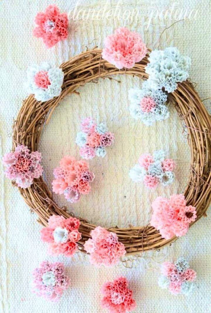 Customizable DIY Cupcake Liner Wreath