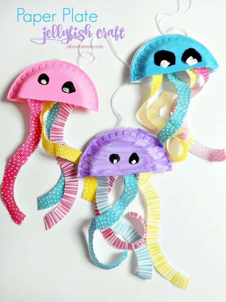 DIY Paper Plate Jellyfish Craft