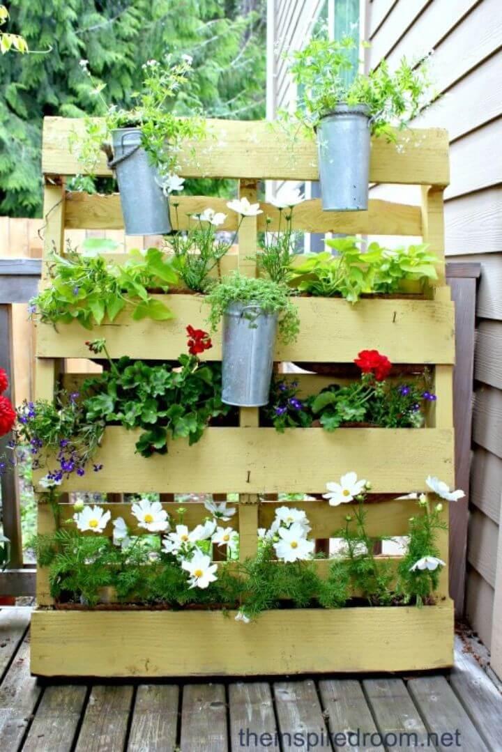DIY Small Space Pallet Flower Garden