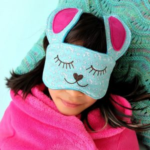 35 Ways to Make Your Own Homemade Sleep Mask